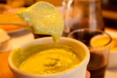 Of the yellow pepper sauce and its magic
